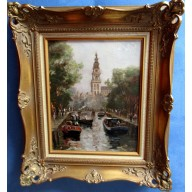 Flaneure am Kanal der Südkirche in Amsterdam