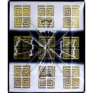 Abstrakte Komposition mit goldenen Mäandern